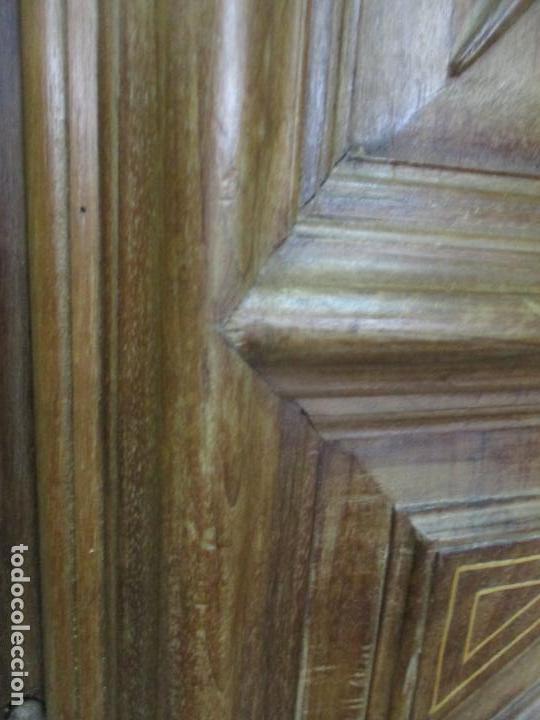 Antigüedades: Antiguo Armario Catalán, Barroco - Armario Empotrado - Puertas y Marco - Madera Nogal - Año 1768 - Foto 10 - 153012338
