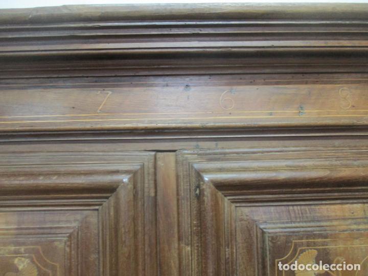 Antigüedades: Antiguo Armario Catalán, Barroco - Armario Empotrado - Puertas y Marco - Madera Nogal - Año 1768 - Foto 28 - 153012338