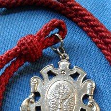 Antigüedades: SEMANA SANTA SEVILLA - MEDALLA CON CORDON DE LA HERMANDAD DE SAN GONZALO. Lote 153035190