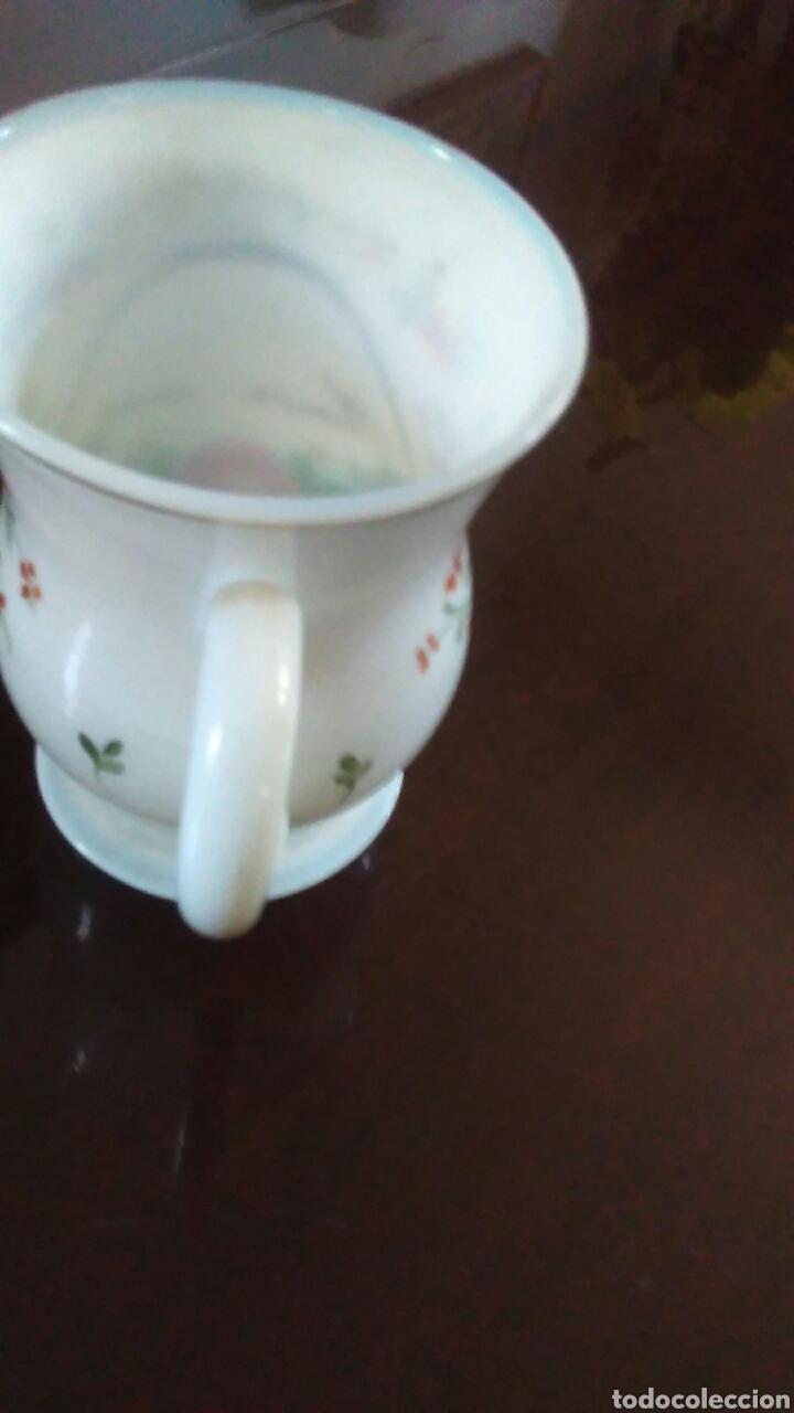 Antigüedades: Jarra o jarrita opalina de la Granja con inscripción Amor mio y con motivos florales - Foto 20 - 113669907