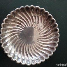 Antigüedades: PLATITO PLATA DE LEY PUNZONADO 10 CM MUY ANTIGUO. Lote 153119230