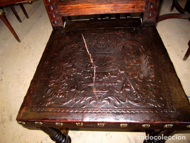 Antigüedades: Silleria antigua de 8 sillas en madera de nogal - Foto 4 - 153185242