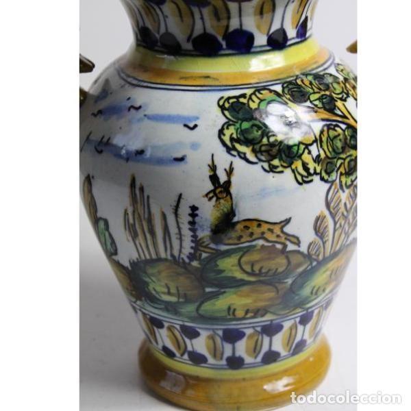 Antigüedades: Antiguo jarrón de cerámica pintado a mano - Foto 2 - 153250378