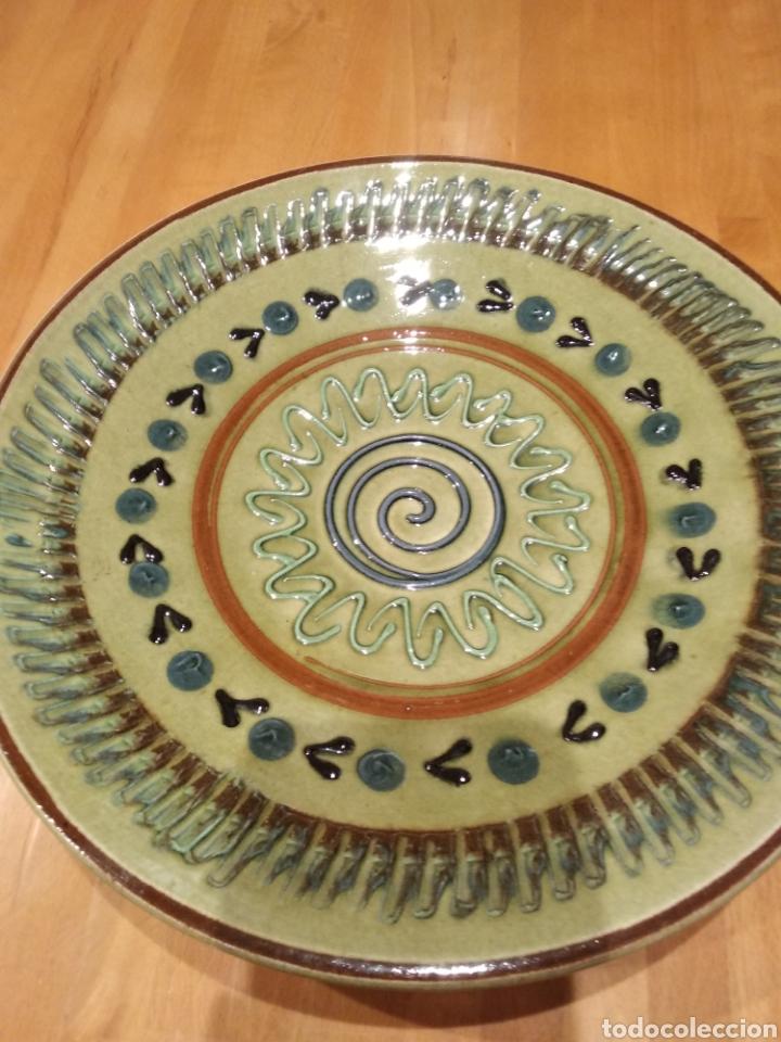 Antigüedades: Plato de ceràmica de la Bisbal - Foto 2 - 153251804