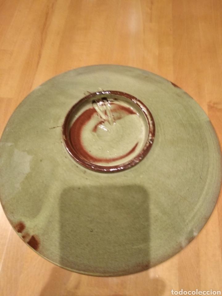 Antigüedades: Plato de cerámica de la Bisbal. - Foto 4 - 153253472