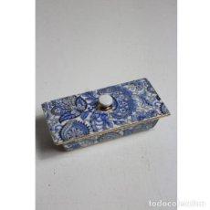 Antigüedades: ANTIGUO JOYERO DE PORCELANA. Lote 153255894