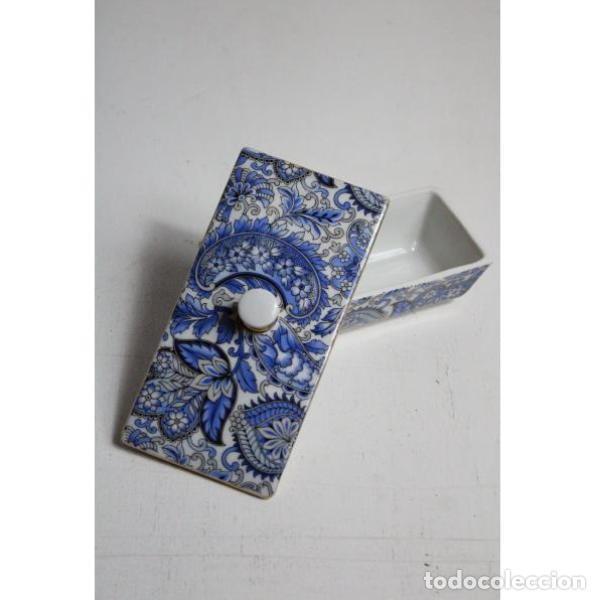 Antigüedades: Antiguo joyero de porcelana - Foto 2 - 153255894