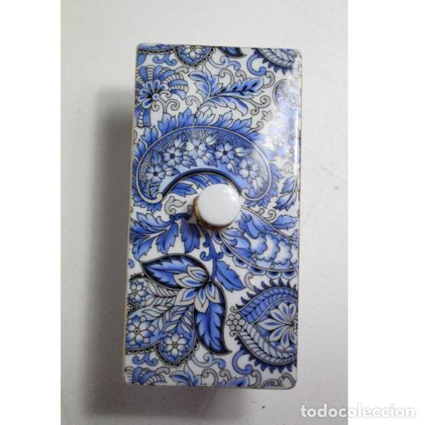 Antigüedades: Antiguo joyero de porcelana - Foto 3 - 153255894
