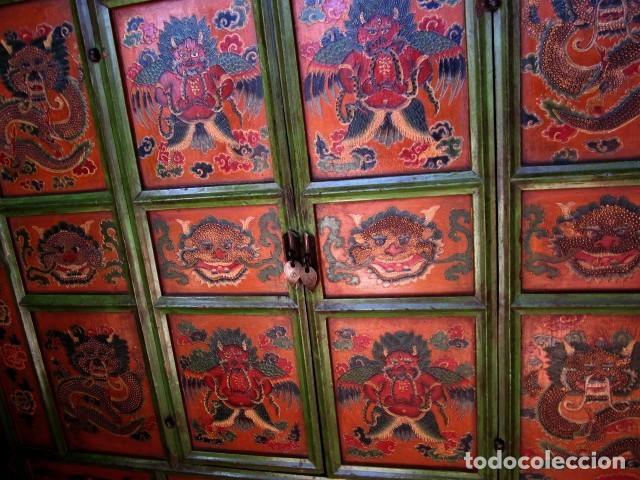 Antigüedades: Armario alacena antiguo tibetano, policromado - Foto 2 - 153343122