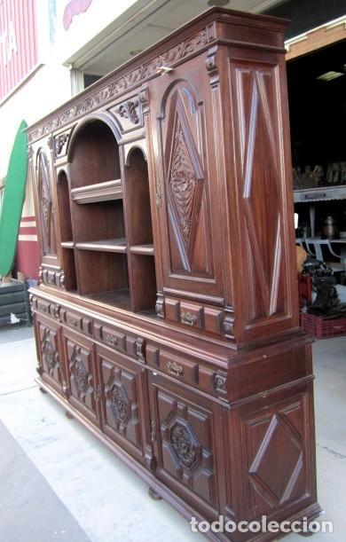 Antigüedades: Aparador librero antiguo en madera de nogal - Foto 3 - 153343686