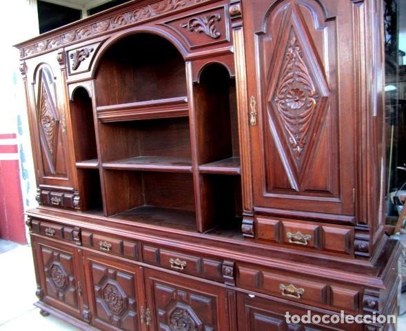 Antigüedades: Aparador librero antiguo en madera de nogal - Foto 10 - 153343686
