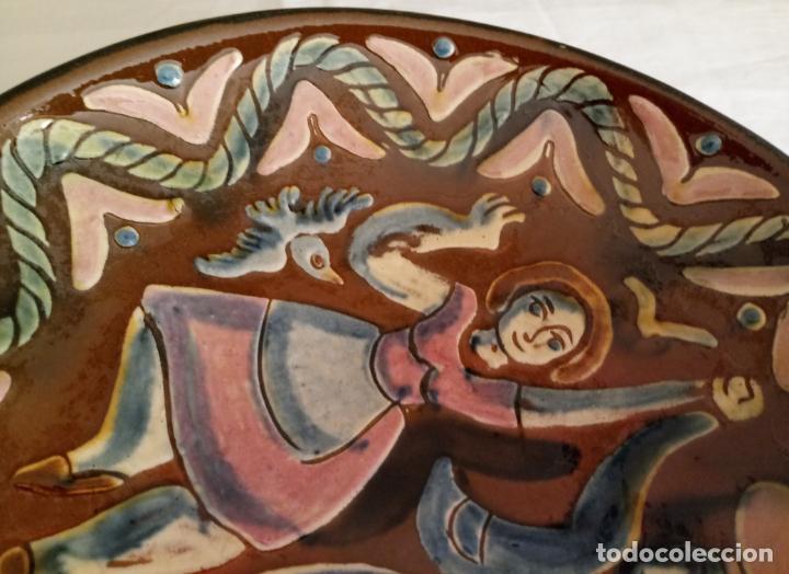 Antigüedades: PLATO CERAMICA DECORACION SARDANISTA - VILA CLARA - 31.5 CMS - Foto 3 - 153530994
