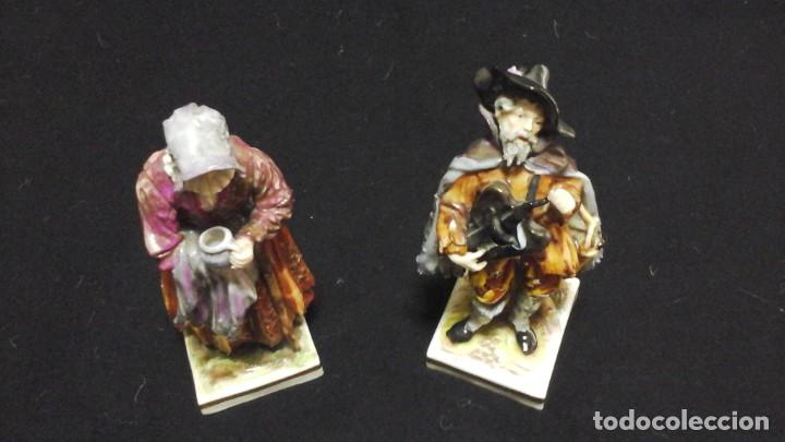 Antigüedades: Pareja de mendigos de Capodimonte - Foto 4 - 153588102