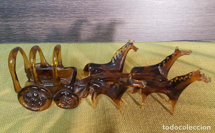 CARROZA DE VIDRIO SOPLADO AMBAR (Antigüedades - Cristal y Vidrio - Mallorquín)