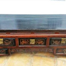 Antigüedades: APARADOR CHINO LACADO ANTIGUO. Lote 153640898