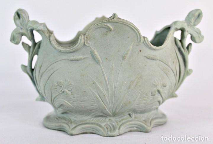 Antigüedades: Violetero en porcelana biscuit inglesa. S XIX. - Foto 3 - 153641786