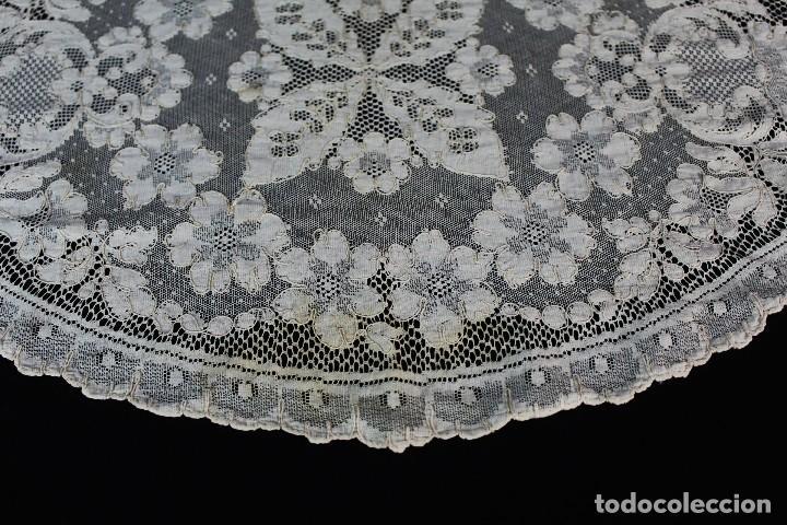 Antigüedades: 254 tapete o mantel de encaje de Alençon antiguo color marfil - Foto 3 - 153680622