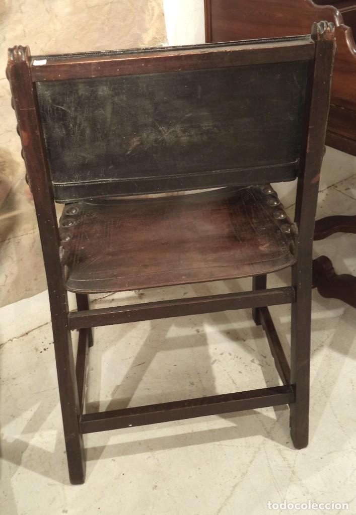 Antigüedades: Sillón frailero de nogal, s. XVII - Foto 2 - 153683470