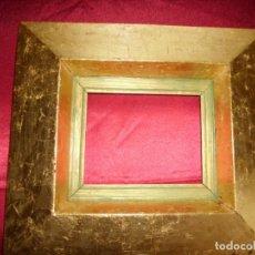 Antigüedades: ANTIGUO MARCO CON LAMINAS DE PAN DE ORO. Lote 153732858