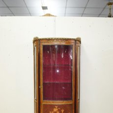 Antigüedades: VITRINA ANTIGUA LUIS XV MARQUETERÍA. Lote 153793662