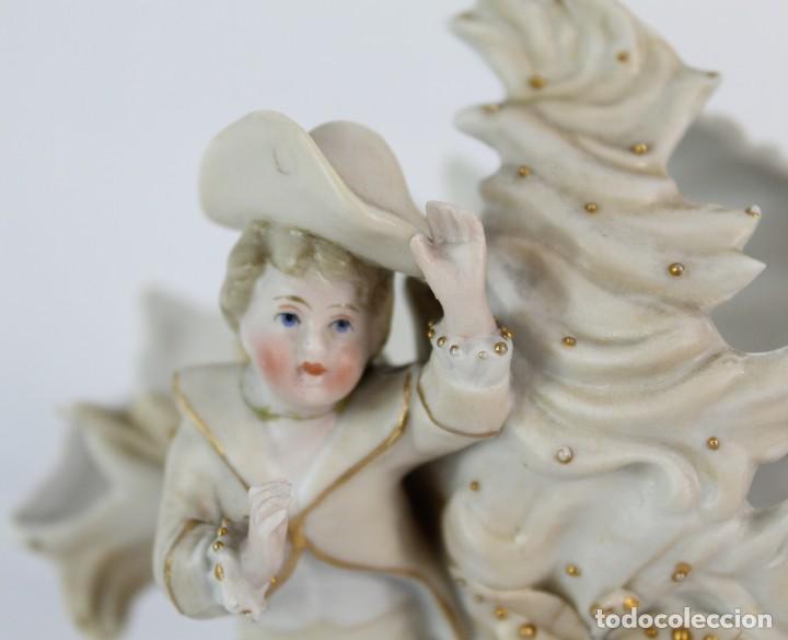Antigüedades: Biscuit delicado niño en bonitas tonalidades violetero fines s XIX - Foto 5 - 153804002
