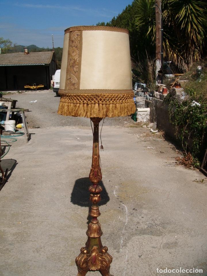 Lámpara De Pie De Madera Comprar Lámparas Antiguas En Todocoleccion 153808618