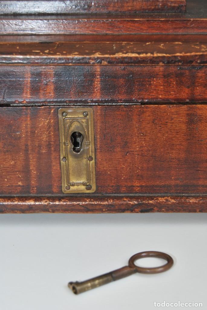 Antigüedades: PRECIOSA CAJA DE MADERA CON ESPEJO - TOCADOR - JOYERO - COSTURERO - ART DÉCO - AÑOS 20 - Foto 4 - 153883970