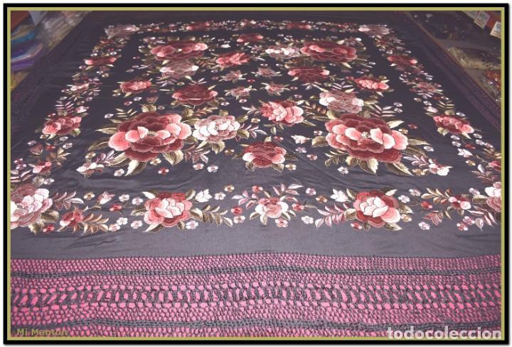 Antigüedades: manton rosetones 140x140 tela mas enrejado y fleco - Foto 5 - 153890102