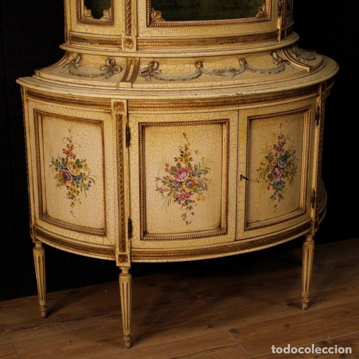 Antigüedades: Vitrina italiana lacada y pintada en estilo Luis XVI. - Foto 2 - 153917558