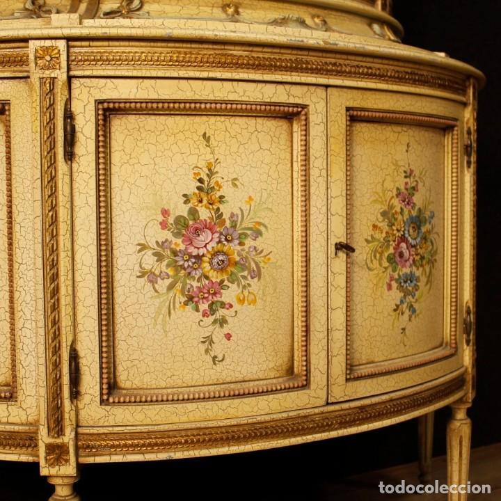 Antigüedades: Vitrina italiana lacada y pintada en estilo Luis XVI. - Foto 6 - 153917558