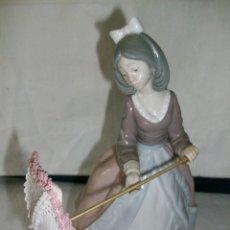 Antiques - FIGURA DE PORCELANA-DAMA CON SOMBRILLA-LLADRO - 153925394