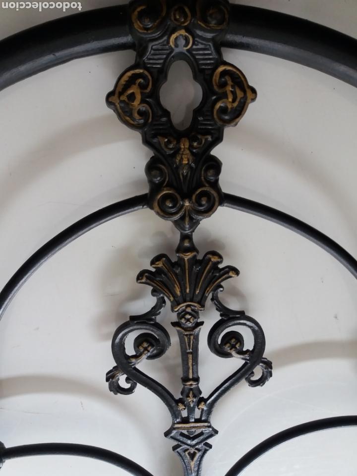 Antigüedades: Cabezal de Cama de hierro - Foto 6 - 153925402