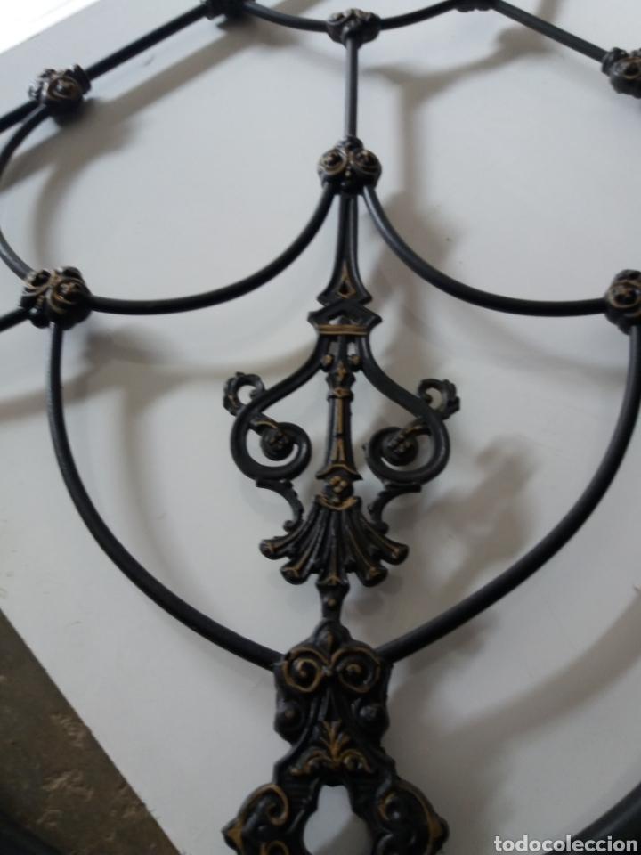Antigüedades: Cabezal de Cama de hierro - Foto 4 - 153925402
