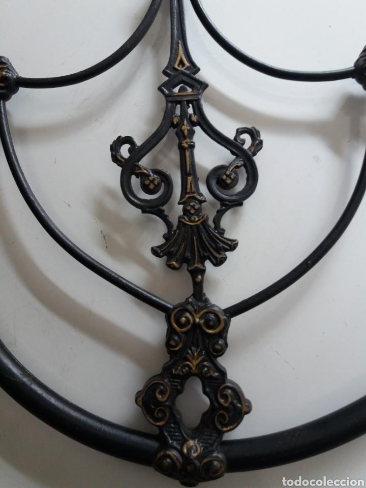 Antigüedades: Cabezal de Cama de hierro - Foto 7 - 153925402