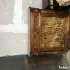 Antigüedades: CUBRE RADIDADOR CON MARMOL. Lote 153960982