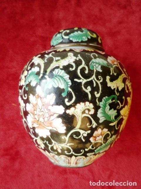 Antigüedades: TIBOR EN BRONCE CLOISONNE, INTERIOR ESMALTADO AL FUEGO EN BLANCO - Foto 5 - 153962450