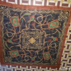 Antigüedades: PAÑUELO PICO CHAL TRAJE REGIONAL MANTON MODA COMPLEMENTO 124 CM . Lote 154040250