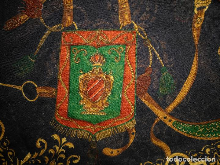 Antigüedades: PAÑUELO PICO CHAL TRAJE REGIONAL MANTON MODA COMPLEMENTO 124 CM - Foto 5 - 154040250