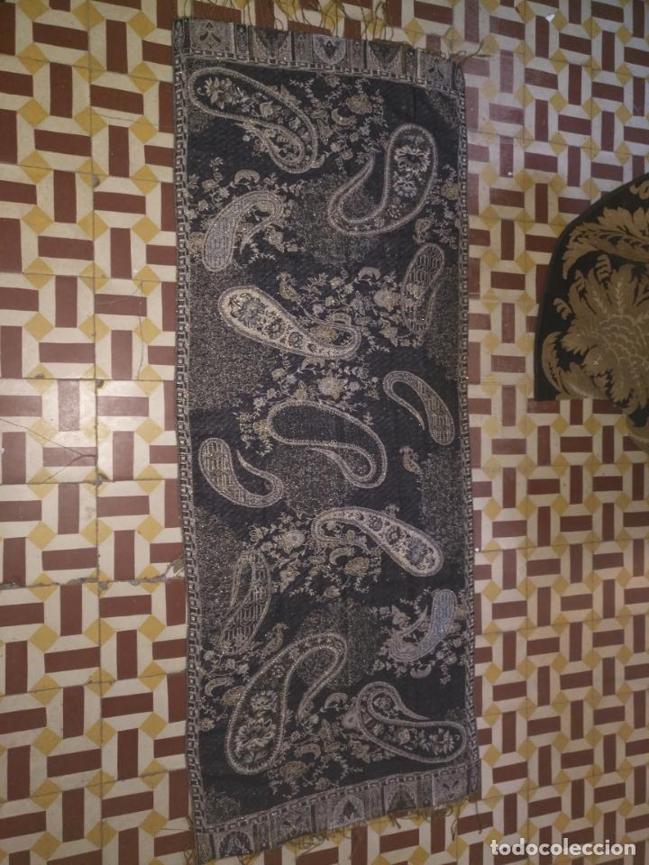 PAÑUELO PICO CHAL TRAJE REGIONAL MANTON MODA COMPLEMENTO 170X70 CM APROXIMADOS (Antigüedades - Moda - Otros)