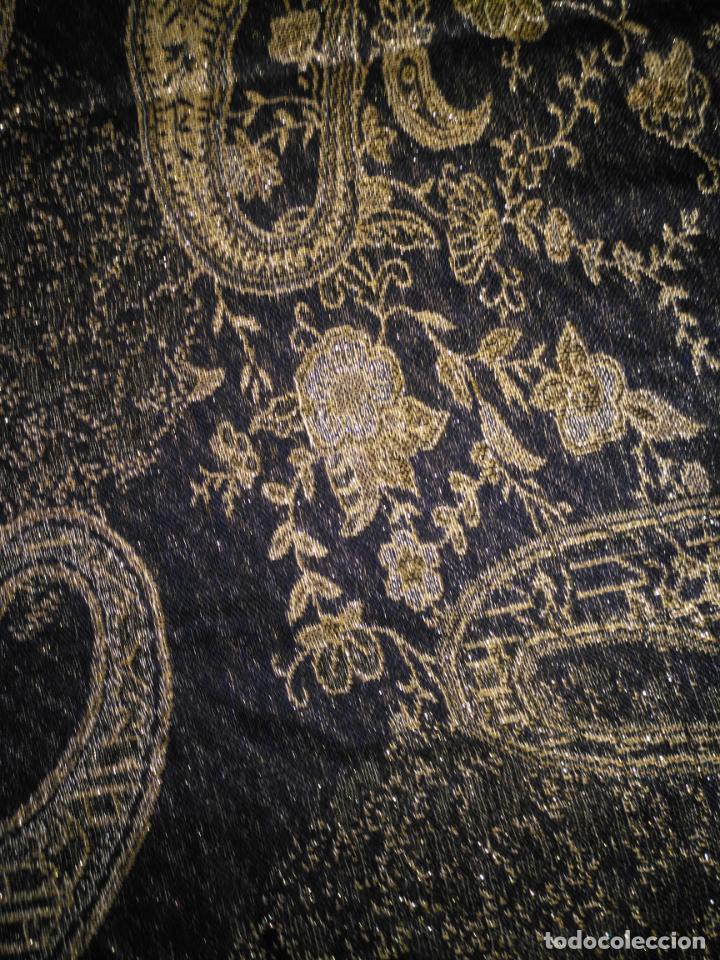 Antigüedades: PAÑUELO PICO CHAL TRAJE REGIONAL MANTON MODA COMPLEMENTO 170X70 CM APROXIMADOS - Foto 4 - 154040466