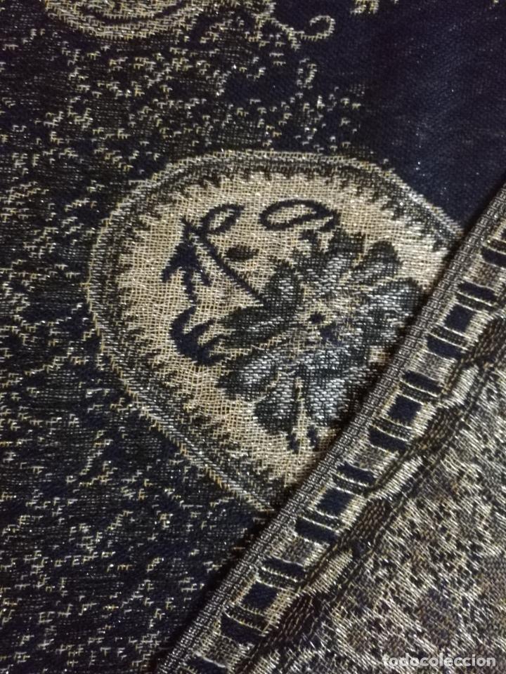 Antigüedades: PAÑUELO PICO CHAL TRAJE REGIONAL MANTON MODA COMPLEMENTO 170X70 CM APROXIMADOS - Foto 6 - 154040466
