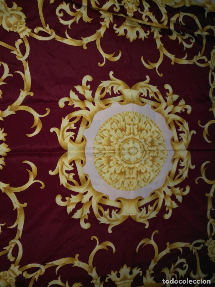Antigüedades: PAÑUELO PICO CHAL TRAJE REGIONAL MANTON MODA COMPLEMENTO CABALLOS 87 CM APROXIMADOS - Foto 3 - 154041698