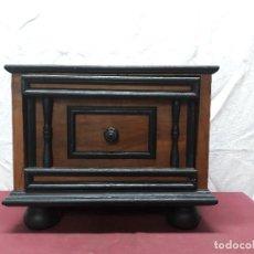Antigüedades: BARGUEÑO... PAPELERA... XX. Lote 154047550