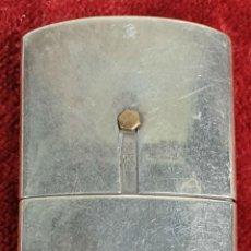 Antigüedades: PERFUMERO Y SET DE MAQUILLAJE DE PLATA. DAMISEL. CIRCA 1950. . Lote 154093122