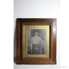 Antigüedades: ANTIGUA FOTOGRAFÍA DE RETRATO DE MUJER EN BLANCO Y NEGRO. Lote 154133390