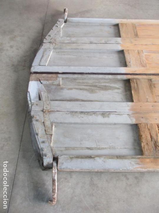 Antigüedades: Gran Portón Antiguo - Puerta - Madera Pino - 4 Hojas - Herrajes, Cerradura y Picaporte - S. XIX - Foto 22 - 154145162