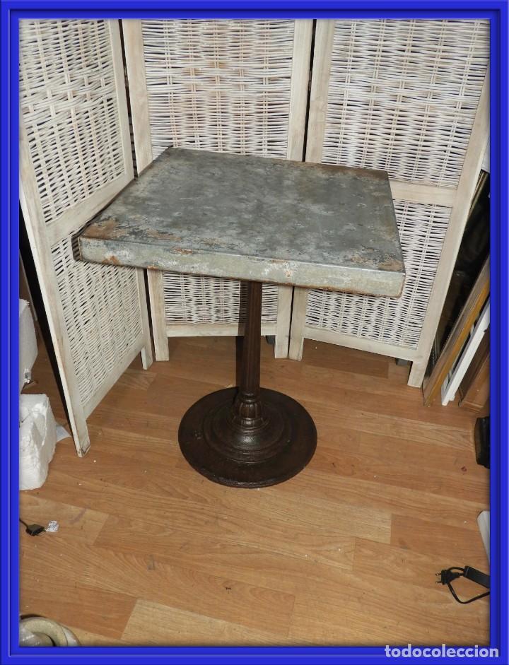 MESA VELADOR VINTAGE BISTRO TIPO BAR PATA HIERRO Y METAL (Antigüedades - Muebles Antiguos - Veladores Antiguos)