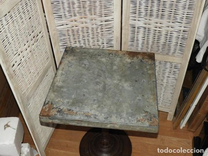 Antigüedades: MESA VELADOR VINTAGE BISTRO TIPO BAR PATA HIERRO Y METAL - Foto 5 - 154150074