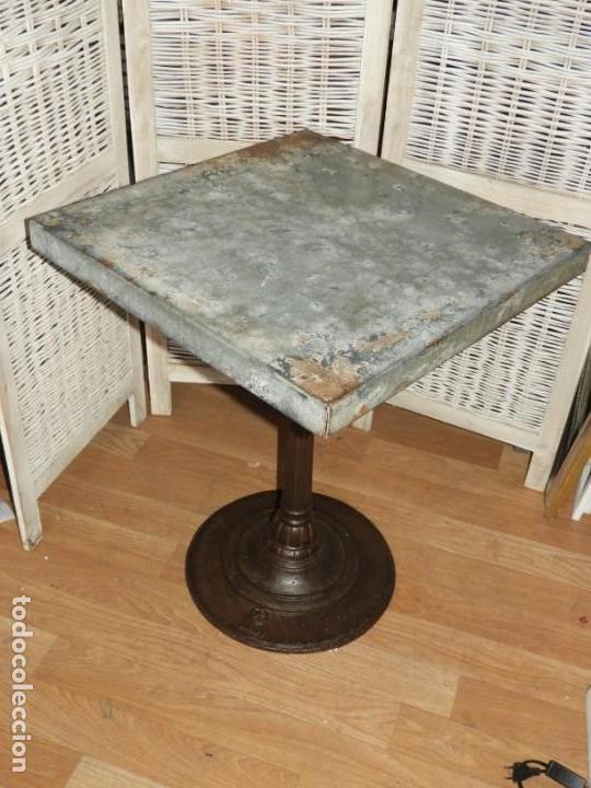 Antigüedades: MESA VELADOR VINTAGE BISTRO TIPO BAR PATA HIERRO Y METAL - Foto 6 - 154150074