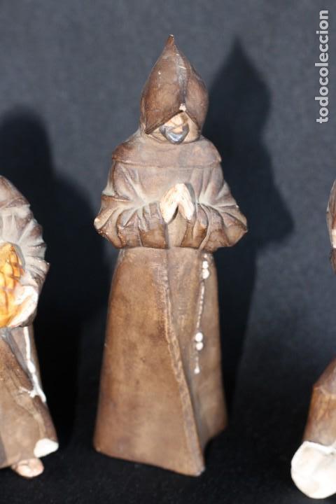 Antigüedades: DE COLECCIÓN TRES ANTIGUOS FRAILES DE ALGORA NUMERADOS Y FIRMADOS EN BASE - Foto 5 - 154164822